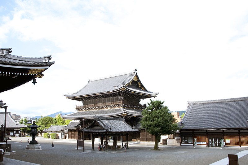 Two Days in Kyoto: Higashi Temple