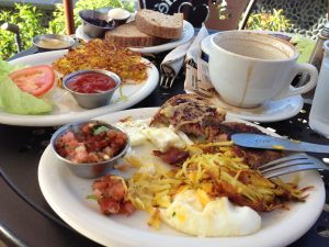 Full Breakfast served in Laguana Beach