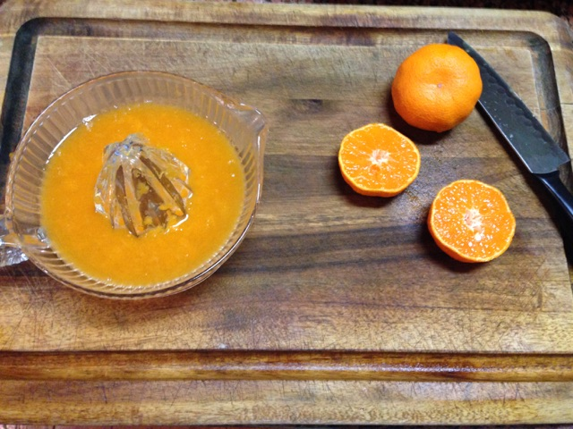 Juicing Satsuma's in batches