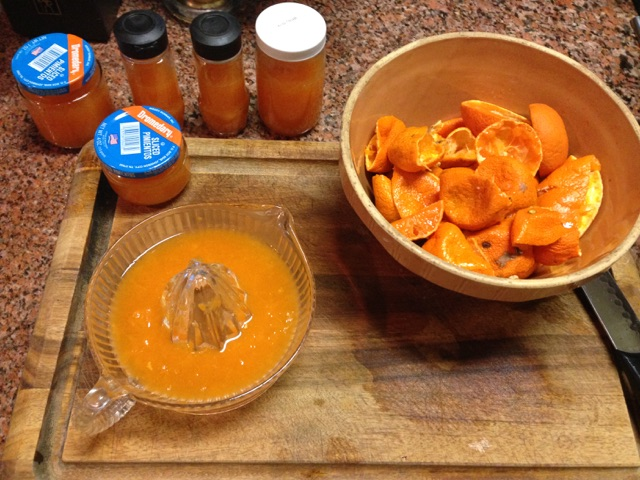Juicing satsumas for preserving in freezer