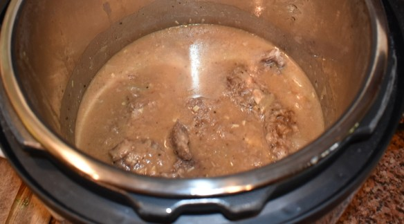 Instant Pot Homemade Gravy with Venison Cutlets www.diningwithmimi.com