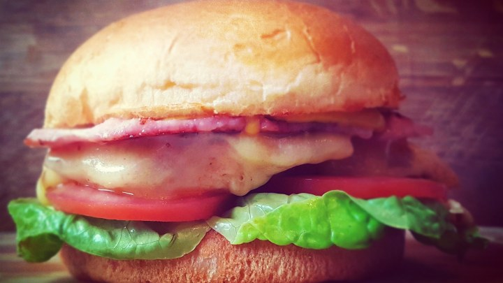 Nae-FC: the ultimate homemade chicken burger