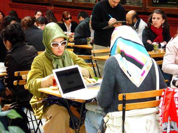 Femmes voilées en Turquie