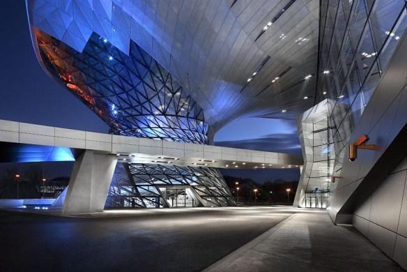 edificio emblemático BMW