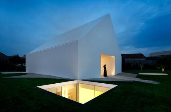 houseinleiria-airesmateus-minimalismo