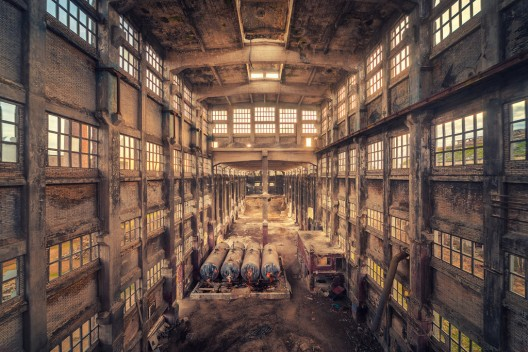 51be78c1b3fc4ba712000082_arte-y-arquitectura-decay-matthias-haker-_industrial_cathedral_by_illpadrino-d5proa2-528x352