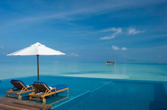 Infinity Pool_Rangali Island Maldivas