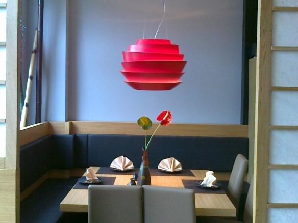Restaurante-iluminado-por-Foscarini12