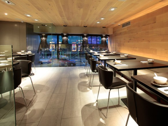 Restaurante-iluminado-por-Foscarini7