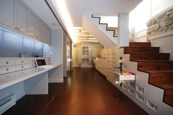 Bajo escaleras 5