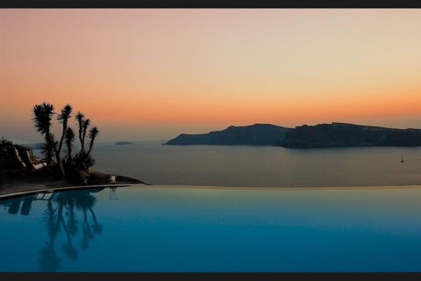 Hotel Perivolas en Oia Santorini 13