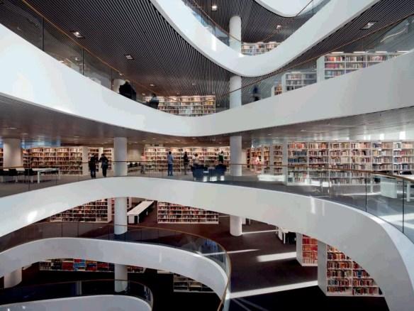 Biblioteca Universidad Aberdeen 6