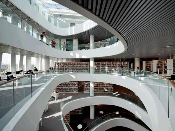 Biblioteca Universidad Aberdeen 8