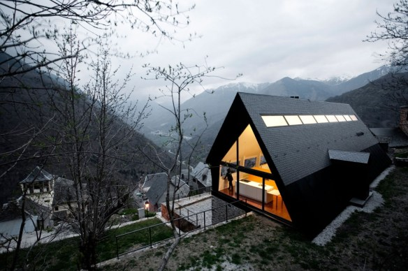 House-in-the-Pyrenees-13