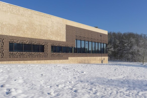 mediateca albert camus evry nueva biblioteca nieve