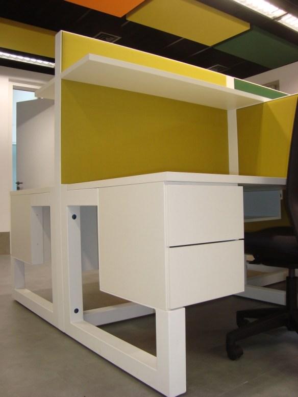 detalle mesa de trabajo hecha a medida