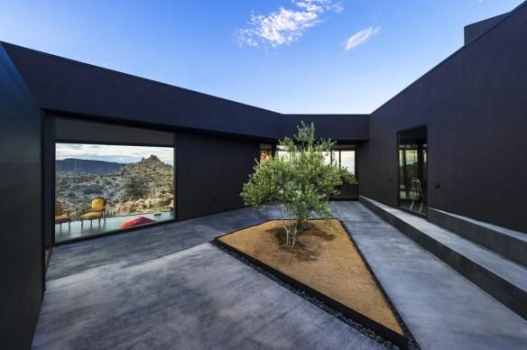 The black desert house 12