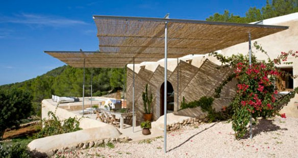 proyecto- casa -en- Ibiza-Nani_ marquina_vista general del patio