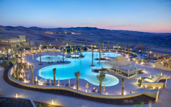 Qasr-Al-Sarab-Desert-Resort-Pool