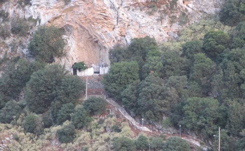 Ag. Anargiroi in der Koufierou Höhle