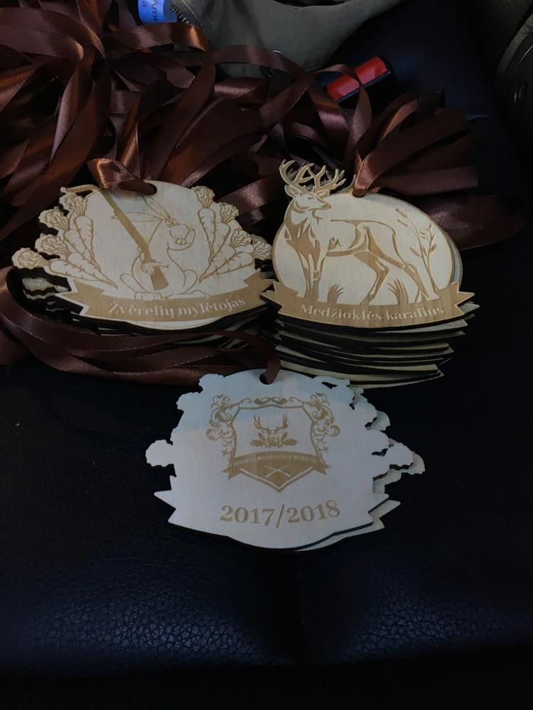 Mediniai medaliai medžioklei