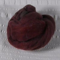 Roving, Merino, 1 oz ball, Med Burgundy feb2019
