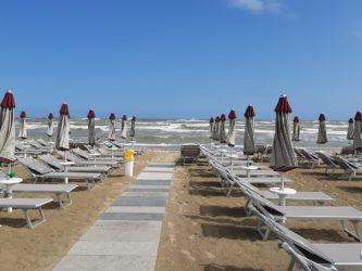 spiagge_spiaggia_ombrelloni