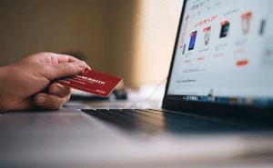 A la hora de facilitar la venta online tenemos que ayudar al cliente con el mayor número de formas de pago posibles.