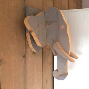 Steigerhouten Olifant