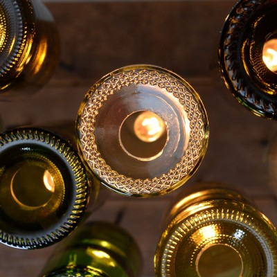 dnd-wine-bottle-chandelier-02