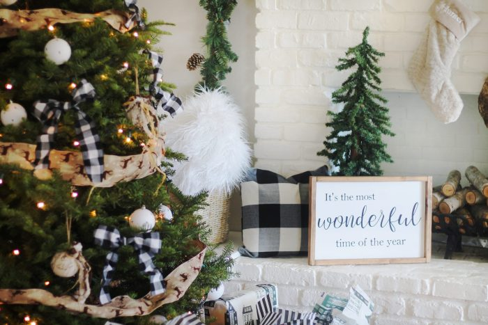 buffalo plaid holiday decor