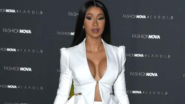 Cardi-B Airs Out Candace Owens