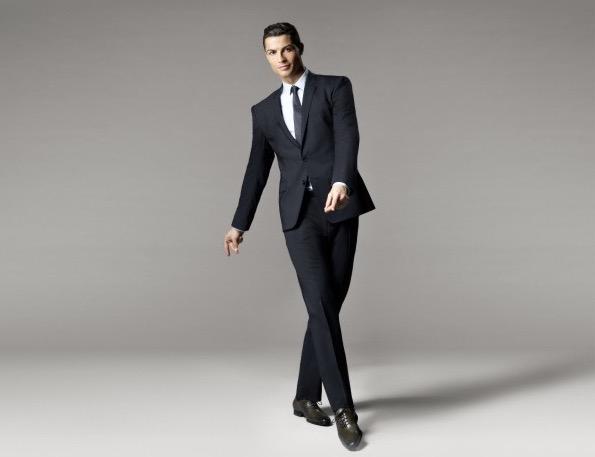 (cr7footwear.com)