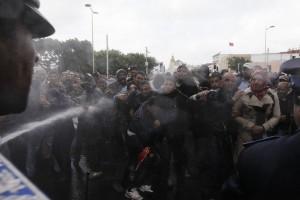 Μαρόκο: Δεκατρείς άνεργοι τυφλοί προσπάθησαν να αυτοπυρποληθούν