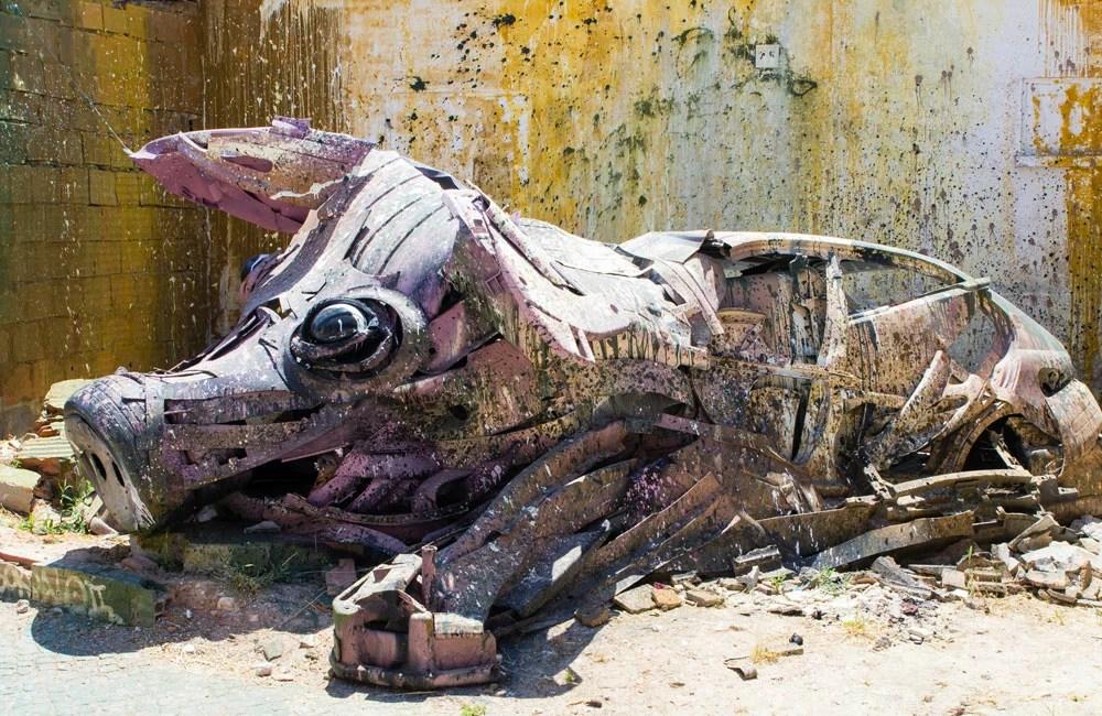 Bordalo-II-Big-Trash-Animal-mAIALE