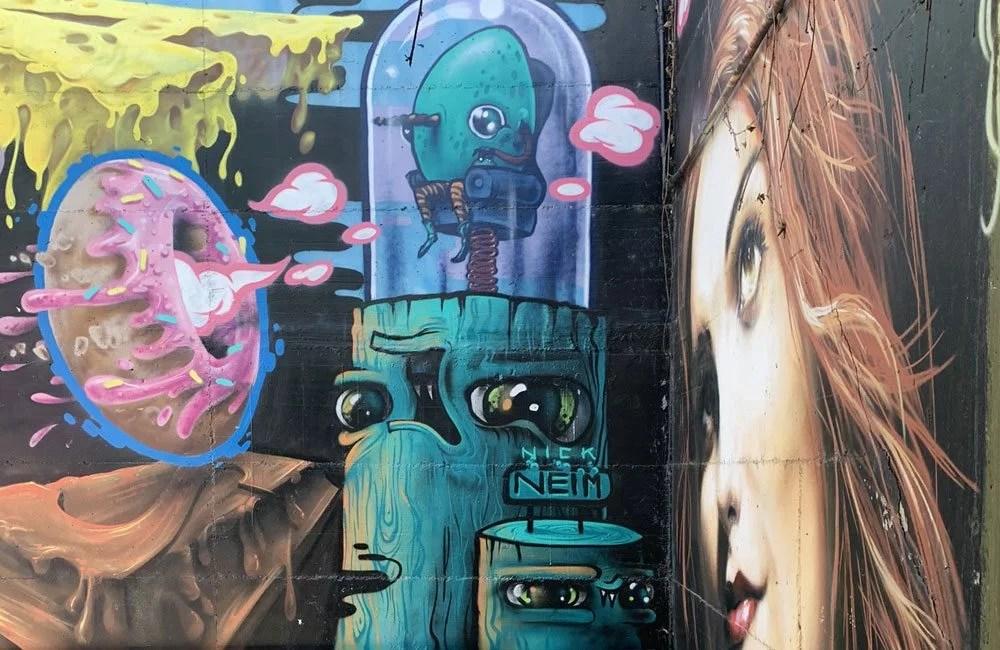 Street art Locate di Triulzi passerella di accesso al sottopasso