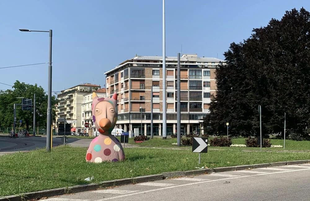 Arcella-Ingresso-Città-Statua-TonyGallo