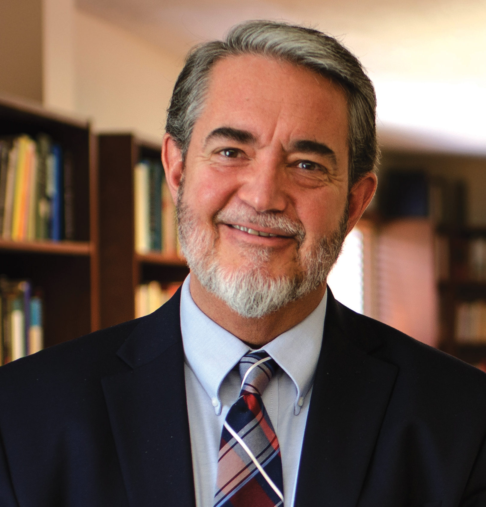 IP#221  Dr. Scott Hahn – Consuming the Word on Inside the Pages