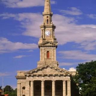 Dutch Reformed Church – freemason Triangle and Pillar entrance