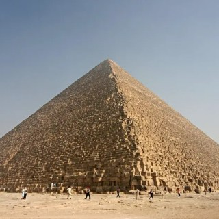 Great-Pyramid-of-Giza.jpg