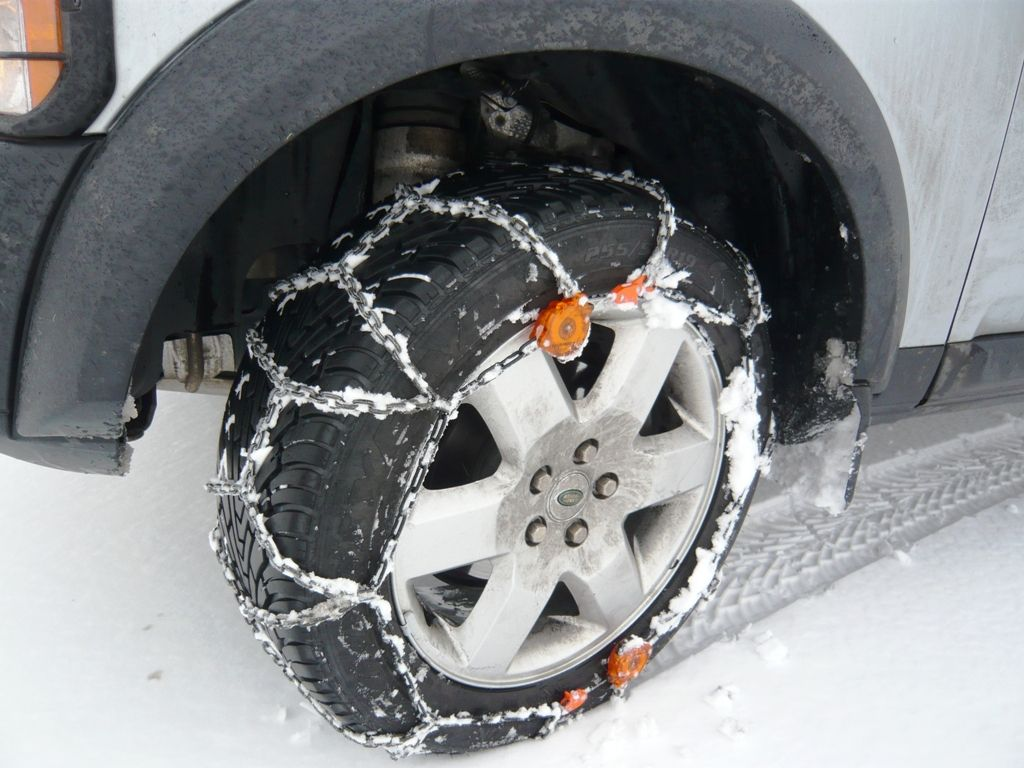 """Wessenfalls Clack n Go which fit the 19 """" wheel perfectly on the Landrover Discovery 3"""
