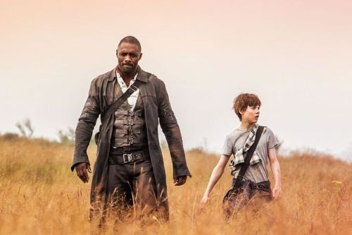 Il pistolero interpretato da Idris Elba nel film tratto da La torre nera non rende giustizia al personaggio dei libri di Stephen King