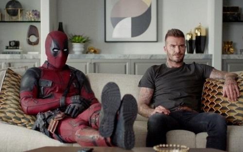 Uno dei video esilaranti di Deadpool in cui chiede scusa a Bechkam
