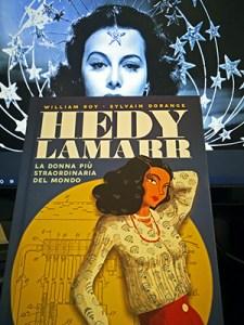 Ancora una Hedy Lamarr fumetto comparata con quella vera