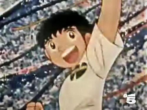 Capitan Tsubasa, che la generazione degli anni 80 conosce come Holly, di Holly e Benji