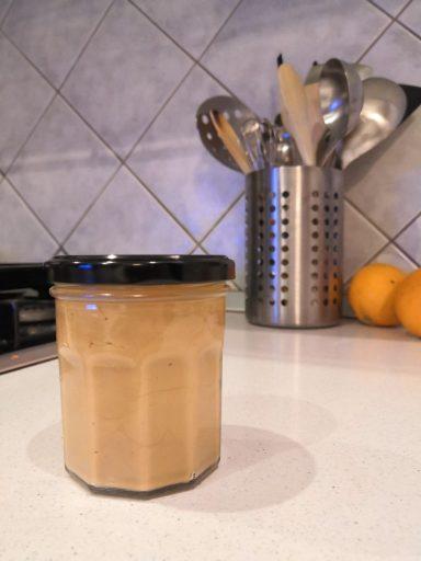 Burro di arachidi Ricetta per farlo in casa (ed ecco il barattolo pieno!)