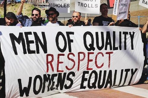 Un momento di una manifestazione a favore dei diritti delle donne a Los Angeles