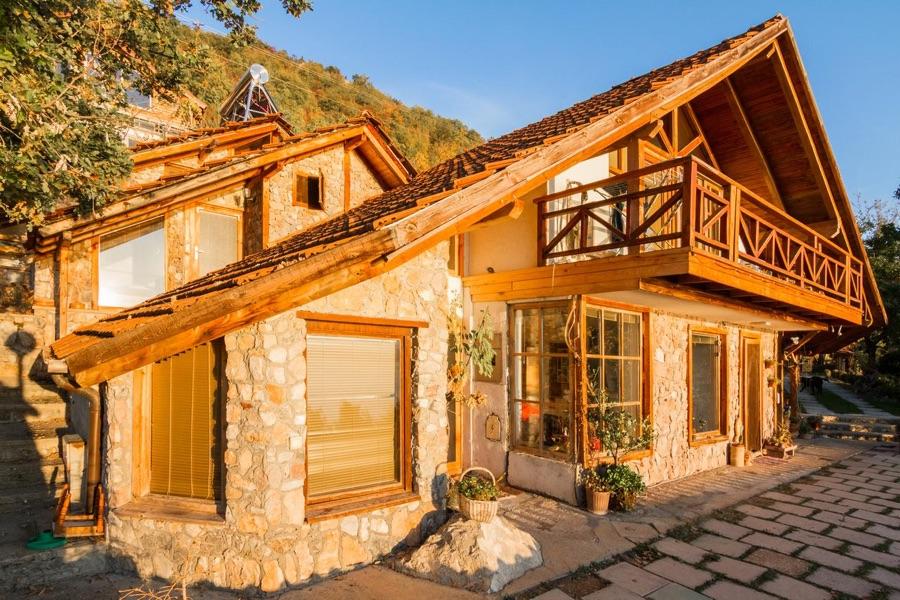 robinson sunset house ohrid