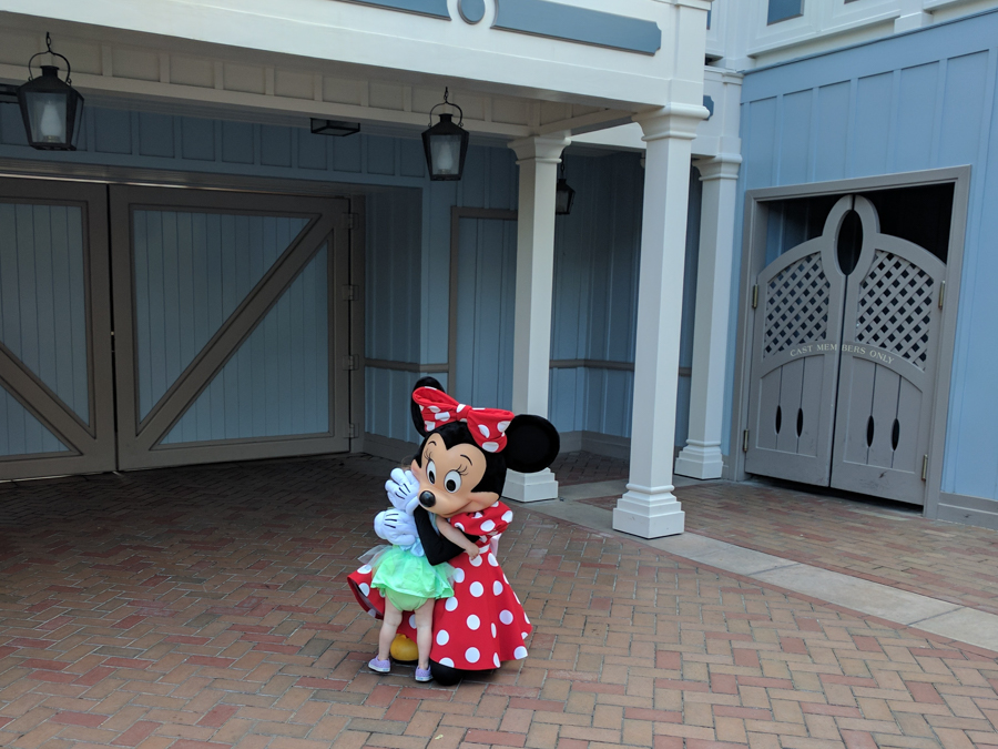 Meeting Minnie Mouse on Main Street in Disneyland. Taking a toddler to Disneyland. California.