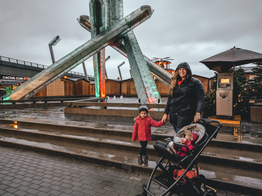 Vancouver Christmas Market 2017, outside in the plaza, Raincouver,